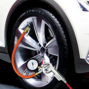 Tire Gauge / Tire Inflators